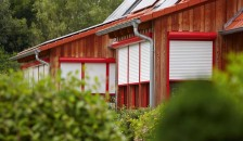 Alulux Aluminium Vorbaurollladen in rot weiß