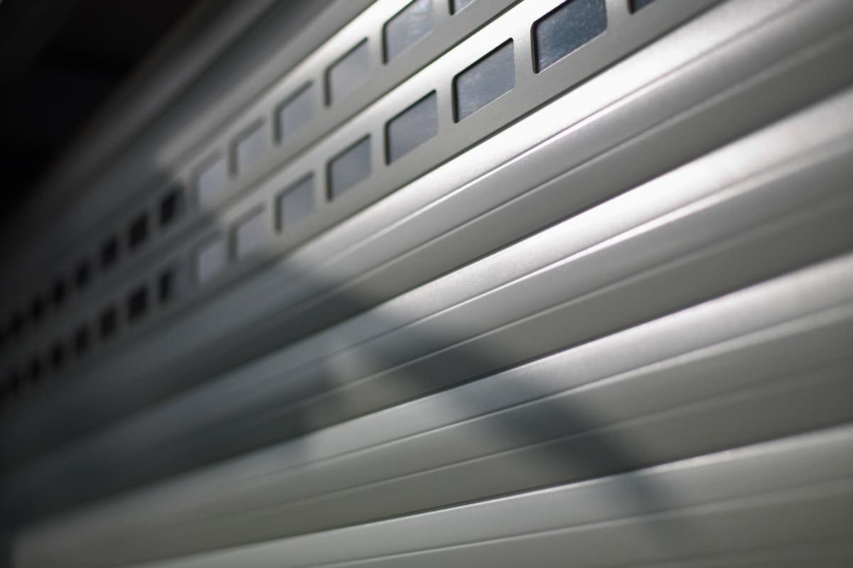 Das Leise Aluminium Deckenlauftor Von Alulux Detolux Alulux