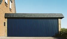 Alulux Garagentor Vertico Seitenlauftor in blau