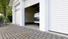Garagentor Deckenlauftor Detolux halb offen