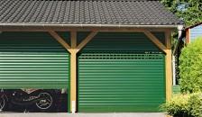 Garagentor Detolux Deckenlauftor grün
